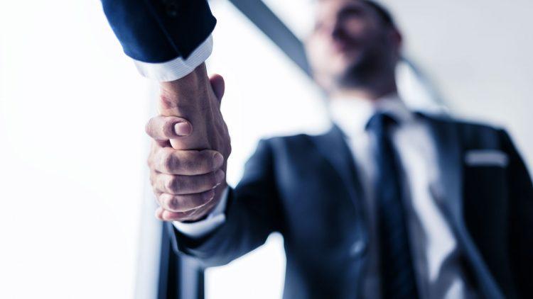 Como vender software para empresas: sucesso em 5 passos