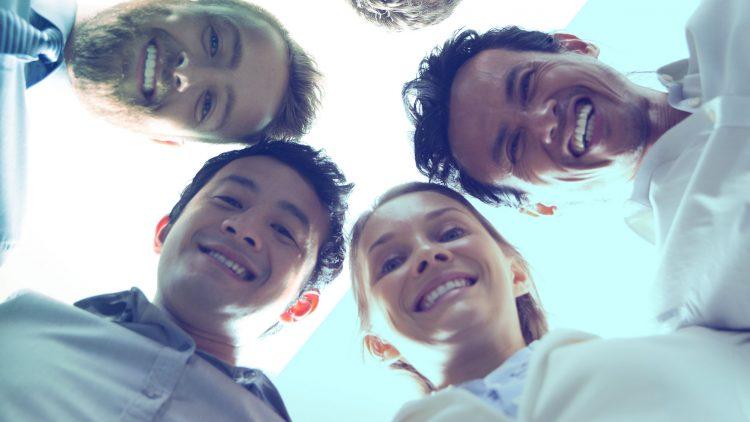 Como capacitar e motivar sua equipe de vendas